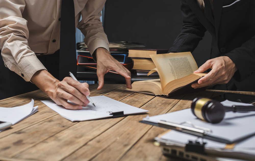Áreas que una empresa necesita cubrir con un servicio de abogados